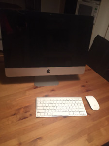 "21"" iMac 2.5Ghz  i5 8GB Memory 500GB Storage"