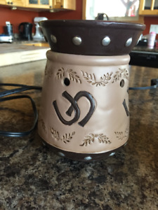 Scentsy type candle units