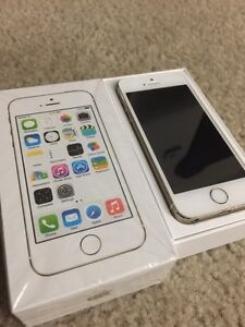 Apple iPhone 5S 16GB factory unlocked with box all accessories