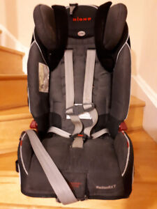 Diono Radian RXT Car Seat/Booster - very safe! exp. Dec. 2023