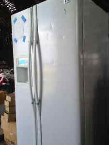 LG fridge /freezer side by side