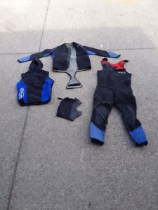 Wetsuit - Full Neoprene size 5-6 - Zeagle BC and Mares Regs