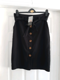*BRAND NEW* Fully Lined Black New Look Skirt Size 10