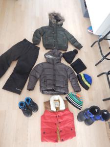 Manteaux Zara kid + bottes+ pantalon de neige (4-5 ans, garçon)