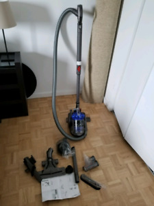 Dyson vacuum cleaner great condition