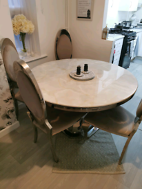 Beautiful 100% Pure Marble Table with Chairs