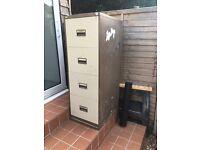 Metal filing cabinet draws