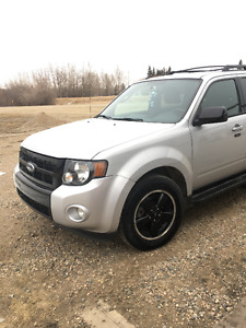 REDUCED!! 2009 Ford Escape XLT SPORT