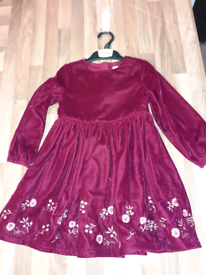 Brand new aged 3 to 4 dress
