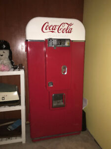 Coca Cola vendo 80  50's vending machine