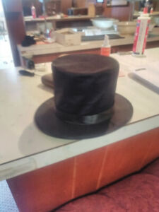 Childs top hat 5- 12 year olds mint