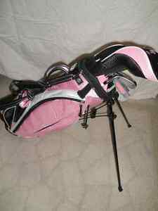 Girl's RH Golf Clubs