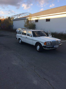 1983 Mercedes-Benz 200-Series t Wagon