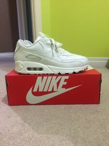 Nike Triple White Air Max 90 Sz 8