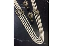 Real Pearl Necklace with Matching earrings