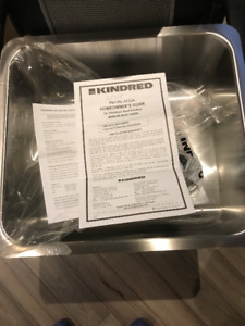 "BRAND NEW UNDERMOUNT STAINLESS SINK 18""X20"""