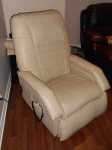 Fauteuil Massage Niagara, inclinable, en cuir, style Lazy Boy