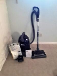 Kenmore whispertone Vacuum