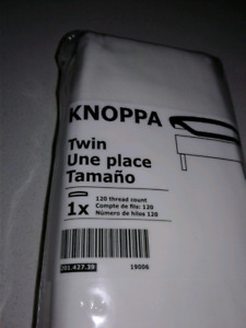IKEA KONOPPA fitted sheet / drap-housse
