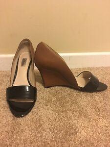 Clarks Wedge Shoe - Size 9
