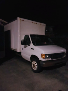 2006 Ford E350 Super Duty 6.0 Turbo Disel 16 ft