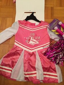 Costume de cheerleader NEUF 2-4T