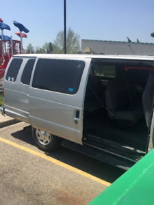 15 Passenger - Ford E350 in Excellent condition
