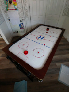 Air hockey /Pool table combo