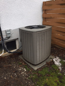 Lennox Air Conditioning Unit 3 Ton Including the Blower