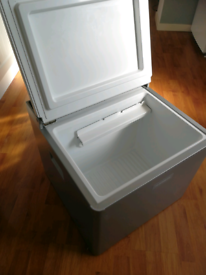 Dometic 12v fridge