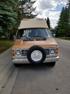 1980 Dodge Ram Van B200 - Camper Van in Superb Condition!