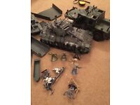 Army toys huge amount of soldiers military fencing boats bridge jeep tank