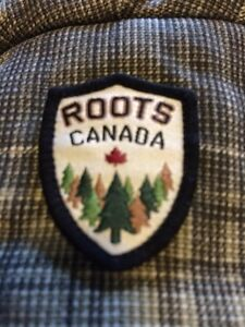 Youth XL Roots trapper hat London Ontario image 6