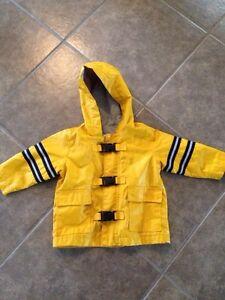 Old navy rain jacket/coat Kitchener / Waterloo Kitchener Area image 1
