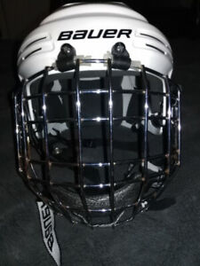 Casque de hockey blanc