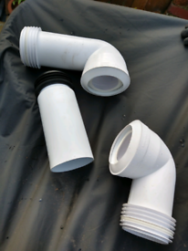 WC connection and soil pipe bundle
