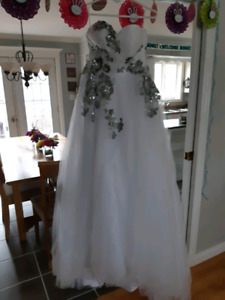 REDUCED!!! 125$ Wedding Dress for sale