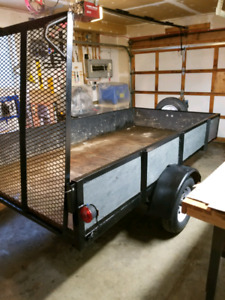 Beautifull Heavy Duty utility trailer