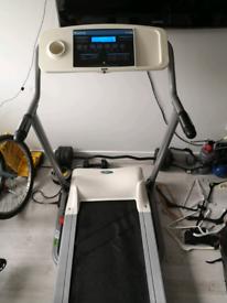 Reebok Edge Running Machine, spares or repair. (reduced)