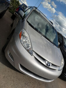 FOR SALE: 2008 Toyota Sienna LE AWD
