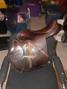 Justin Close Contact Santa Cruz saddle for sale