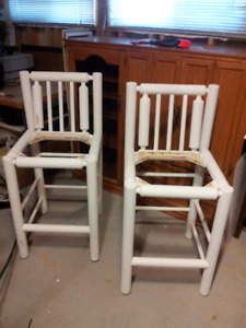2 Wood Bar Stools