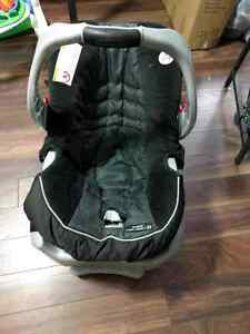 Graco snug ride classic connect 30