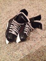 Boys size 1 Bauer Supreme Hockey Skates