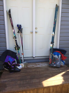 Downhill skis - boots men size 9 & ladies size 8