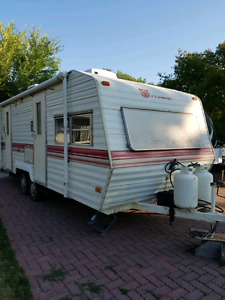 1984 24ft prowler trailer
