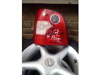 Volkswagen polo 2003 tail light