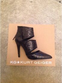 Brand New Kurt Geiger - KG Harriet Black Glitter Heel Boots Size 3