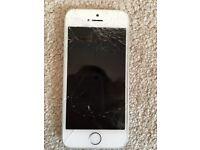 I phone 5s 16gb cracked screen.