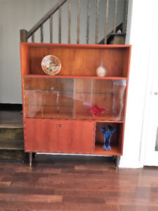 Meuble / Bar ** Mid Century ** Teak Bar / Display Cabinet